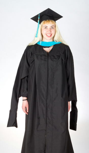 Graduation Gowns For Plus Sizes | The Greener Bookstore